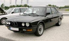 BMW E28 Facelift Zierstreifen