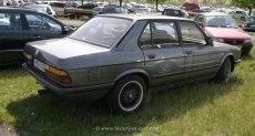 BMW E28 Facelift Shadowline schwarze Felgen
