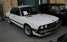 BMW E28 535i USA-Modell weiß